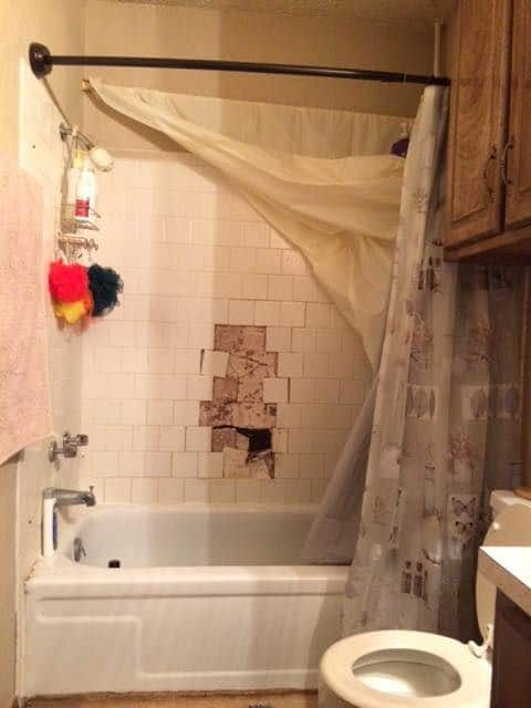 bathtub remodeling - before 6