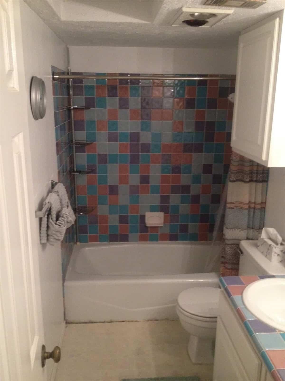 bathtub remodeling - before 7